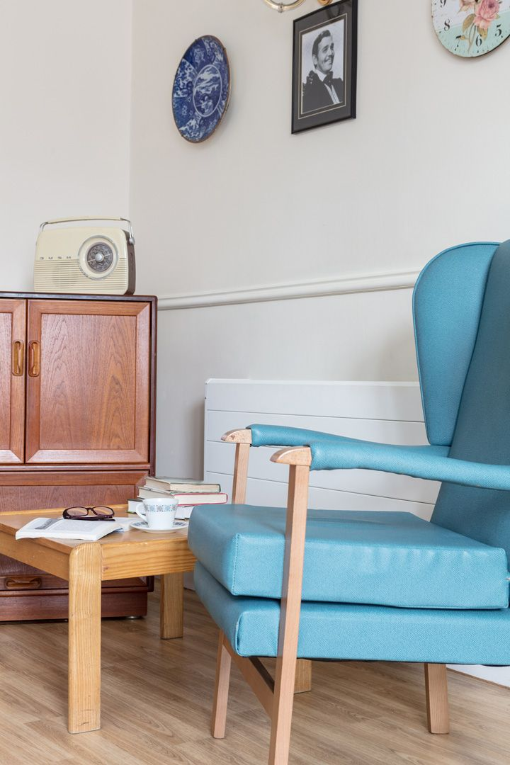 Our authentically decorated 1960s Lounge at Lukestone Care Home.