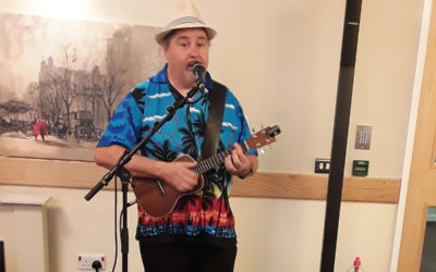 Singer Rob T at Hengist Field Care Home