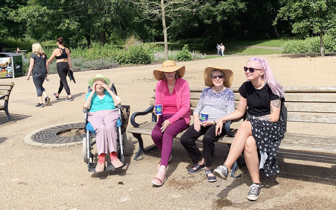 Lulworth House Residential Care Home residents visit Maidstone Mote Park
